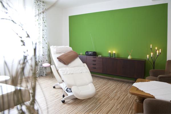 Den Urlaub genießen und die Seele baumeln lassen! Massage, Kosmetik und mehr…